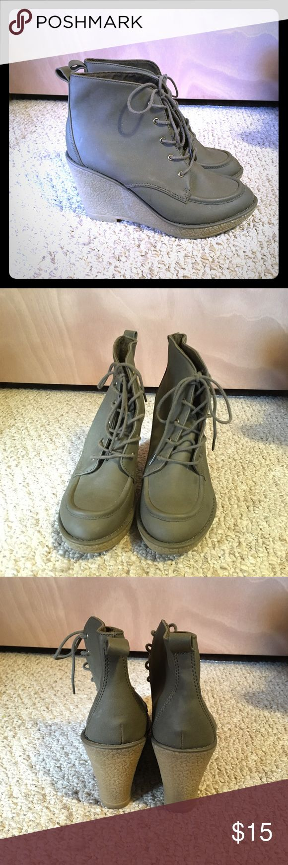 Old Navy Wedge Boots Cute Old Navy Wedge Boots in Good Condition  Heel is about 3.75 in  Make an Offer! Old Navy Shoes Heeled Boots