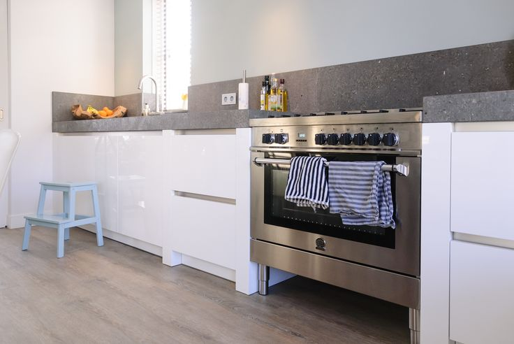 Zwart Keuken Fornuis : 1200 best kitchen images on pinterest contemporary unit kitchens