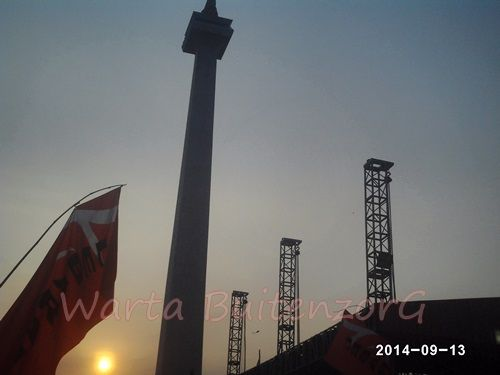 Sunset di Tugu Monas - 1