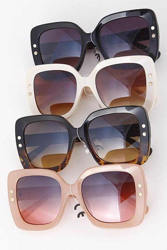 330901e98023a Always Glam Square Framed Sunglasses – Jess Lea Boutique Jess Lea Boutique   jesslea  jessleaboutique  summeroutfit  sunglasses  designersunglasses