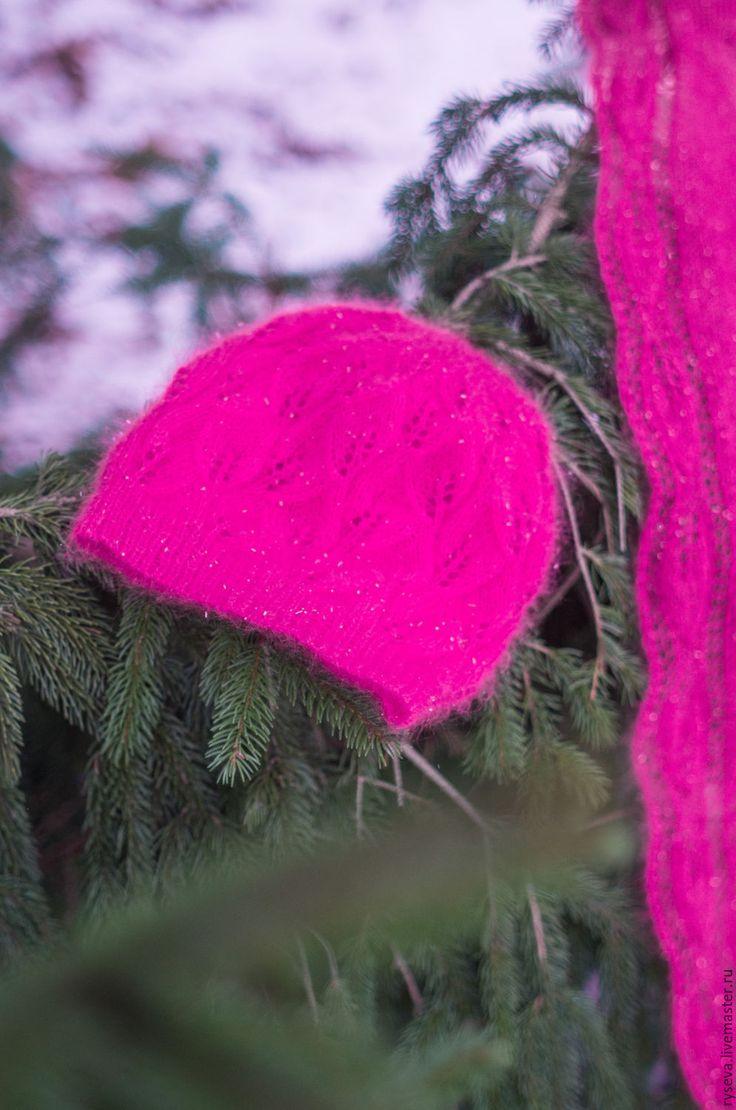 """Купить Комплект шапка и шаль с узором """"Листья"""" - фуксия, цветочный, яркая шапка, зима 2017"""