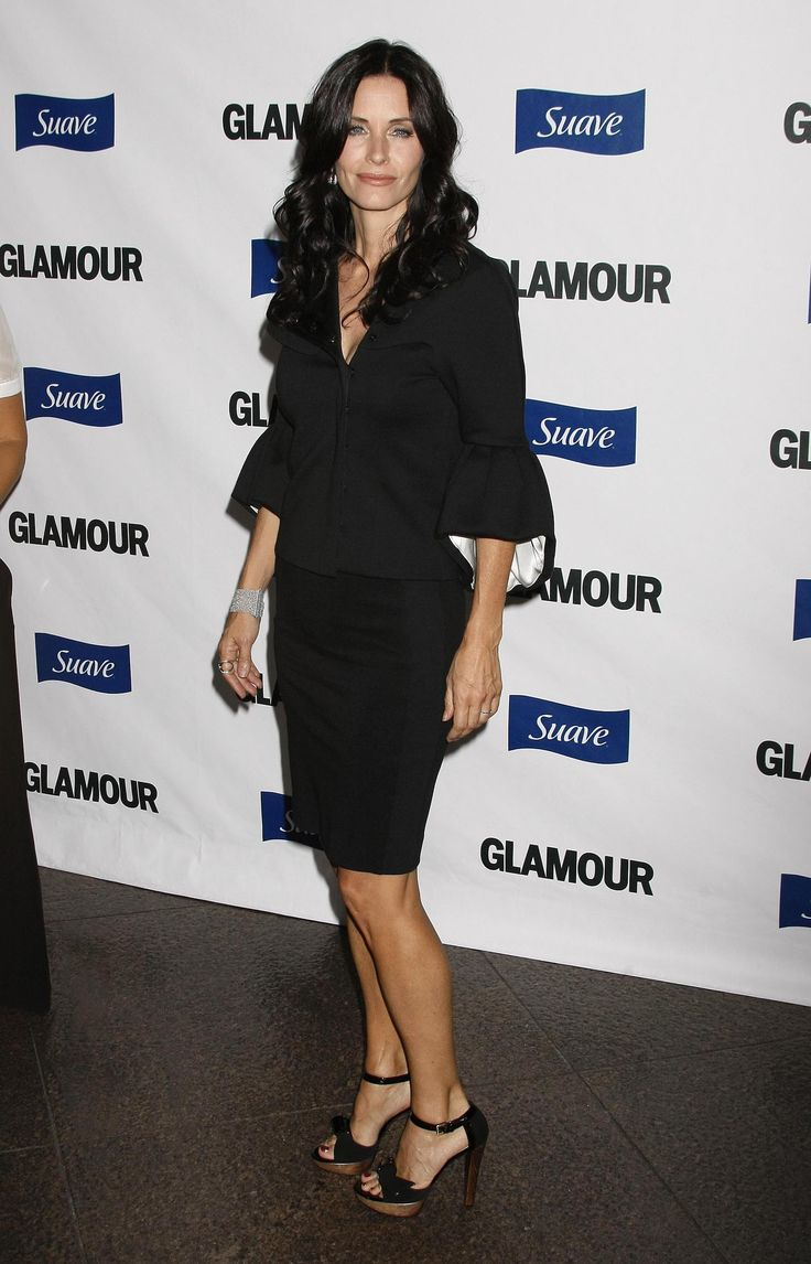 aAfkjfp01fo1i-17008/loc458/23102_Courteney_Cox_arrives_at_Glamour_Reel_Moments-005_122_458lo.jpg