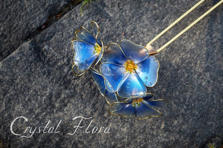 Transparent blue flowers Flax Sakura by Crystal Flora are made of synthetic resin and wire. Royal decoration. (Please do not confuse with magnificent works of Sakae) Wedding Flowers, elite expensive jewelry, bright colors, bright decorations)
