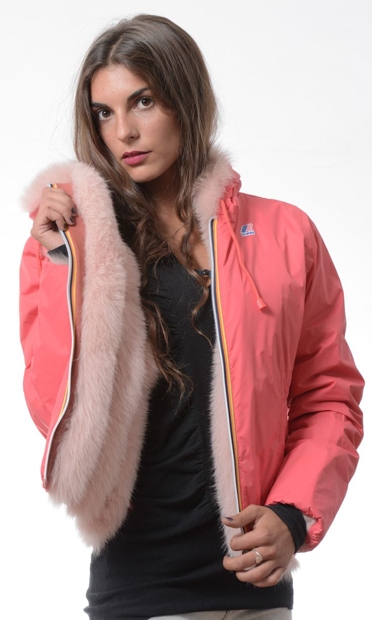 Furbe Transformer by Borello official e-tailer K-way. Reversible K-Way Jacket Trasforma la tua pelliccia in un capo nuovo ed esclusivo #fur #kway #jacket #reversible #winter #fashion #pelliccia #Torino #color