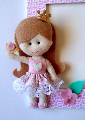 Boneca de feltro inspirada na princesa Helena criada pela Érica Catarina.