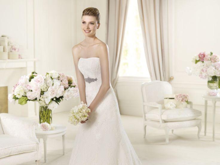 Udine - Pronovias - Esküvői ruhák - Ananász Szalon - esküvői, menyasszonyi és alkalmi ruhaszalon Budapesten