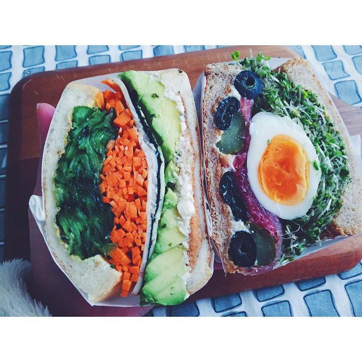 ## 連投すいませーん これが今日の2つ揃った断面 違う種類並べるの初めてかも . . #sandwich #sandwichporn #instasandwich #foodstagram #kurashiru #kaumo #eggsandwich #avocadosandwich  #サンドイッチ#わんぱくサンド #萌え断 #まるごと卵サンド #海苔チー#アボカドサンド #ほぼ日サンド  #サンドイッチバカ by risterlab