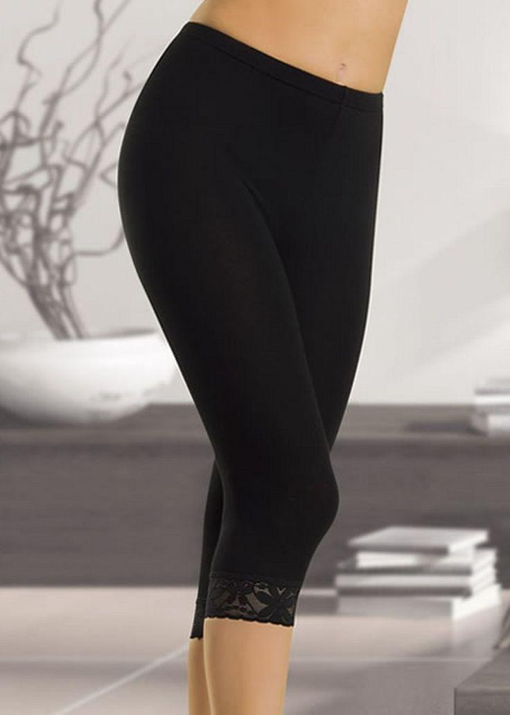 Streç kesim dantelli modelimizdir.Uç kısımlarda dantel işleme bulunmaktadır.Siyah ve beyaz rrnk seçenkleri vardır. Özellikle son dönemlerde bayanların favori kıyafeti haline gelen taytlar o kadar çok sevildi ki,yeni model ve desenlere sahip tayt modellerini bayanlar özellikle bekler oldu.2015