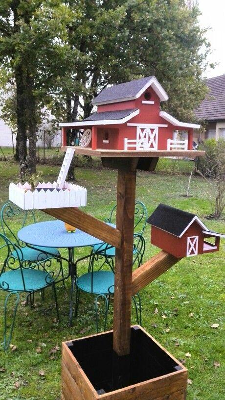 Homemade barn birdhouse + pool + feeder