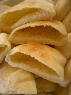 ぷっくり膨らむピタパン by mipon [クックパッド] 簡単おいしいみんなのレシピが207万品
