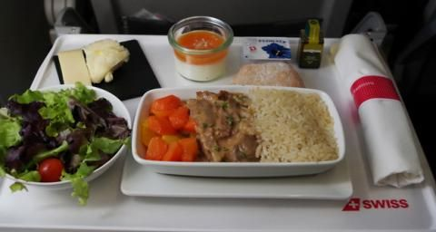 'Muslim' meals could be used to profile passengers, airline tells authorities