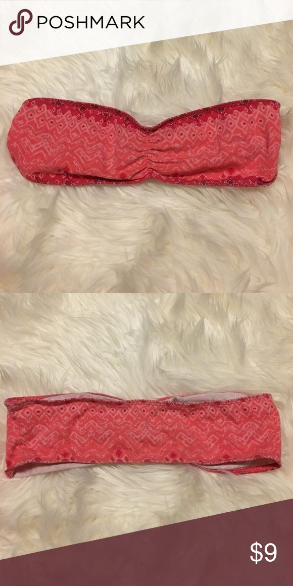 🦄Pink Aztec Bandeau Bralette Top Medium Worn and washed a couple of times. Size medium and will fit a-c cup. Size Medium from American Eagle Outfitters. Ask any questions! ✖️No trades. I ship same day/next day during the week 📦 Price is pretty firm. If you are interested in a discount, creating a bundle is the best way 🎀 No offers, this is the lowest 💥 Tops