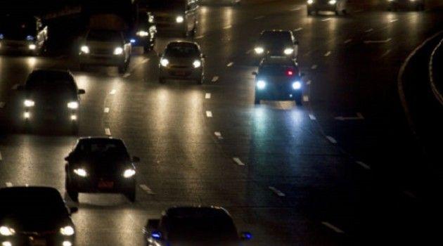 Truques para dirigir à noite com segurança