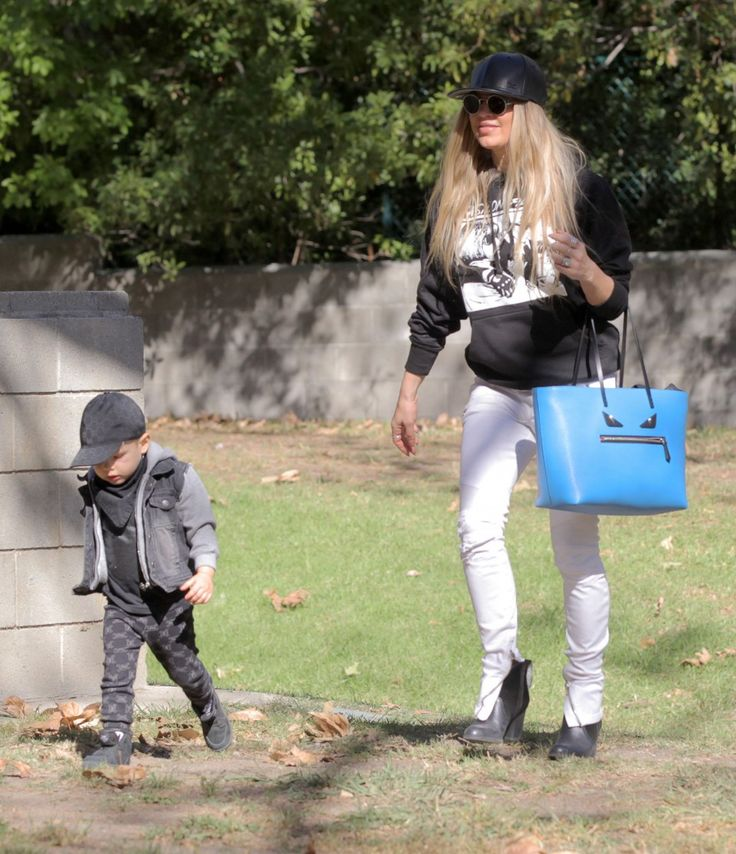 Fergie takes her son Axl to the park on November 12, 2015