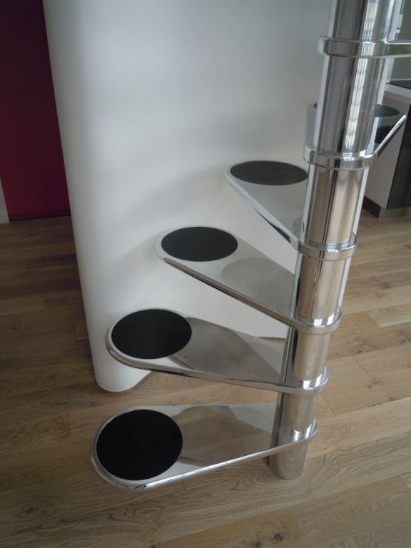les 25 meilleures id es concernant escalier de la cave sur. Black Bedroom Furniture Sets. Home Design Ideas