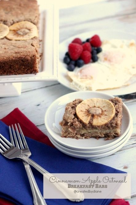 Cinnamon Apple Oatmeal Breakfast Bars @createdbydiane