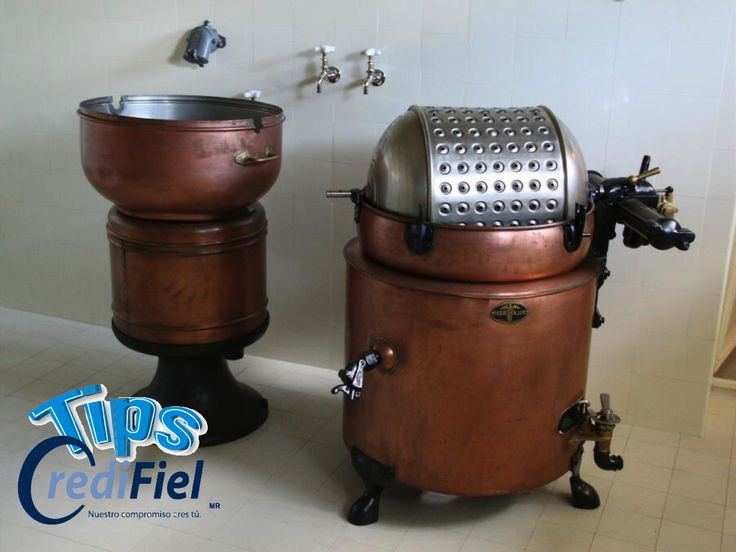 CREDIFIEL te dice. Henry Sidgier obtuvo una patente para una lavadora con tambor giratorio en 1782 y Richard Lansdale exhibe su lavadora compacta giratoria en 1862 en la Exposición Universal de Londres. http://www.tipscredifiel.com/