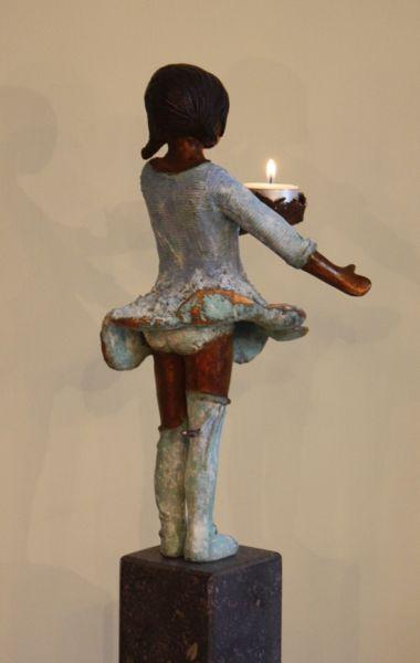 .lief bronzen beeldje van Babke Moelee