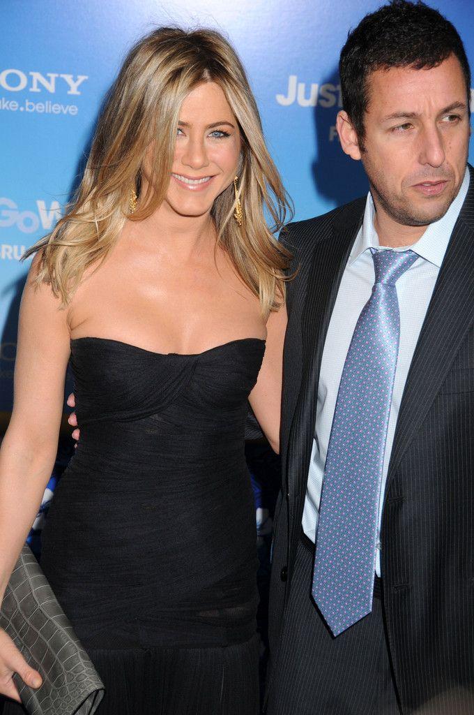 Adam Sandler & Jennifer Aniston Just Go With It 2011