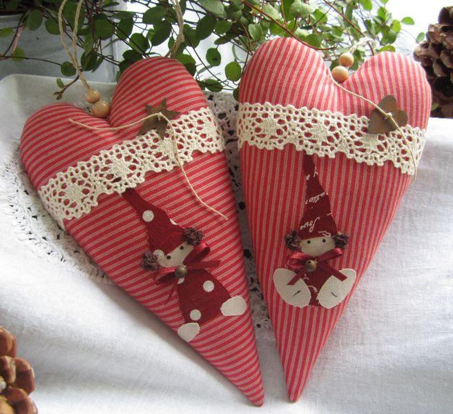 Weihnachtsdeko - Herz mit Wichtel im Landhaus-Stil - ein Designerstück von Feinerlei bei DaWanda