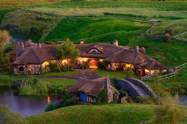 This is the Green Dragon pub in New Zealand. This is where they filmed 'The Hobbit'.