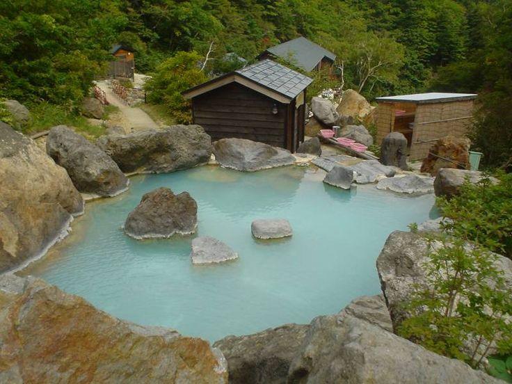 Onsen (Japanese hot spring)