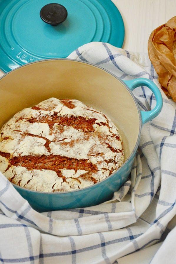 Pane in pentola con segale, Guinness e semi tostati