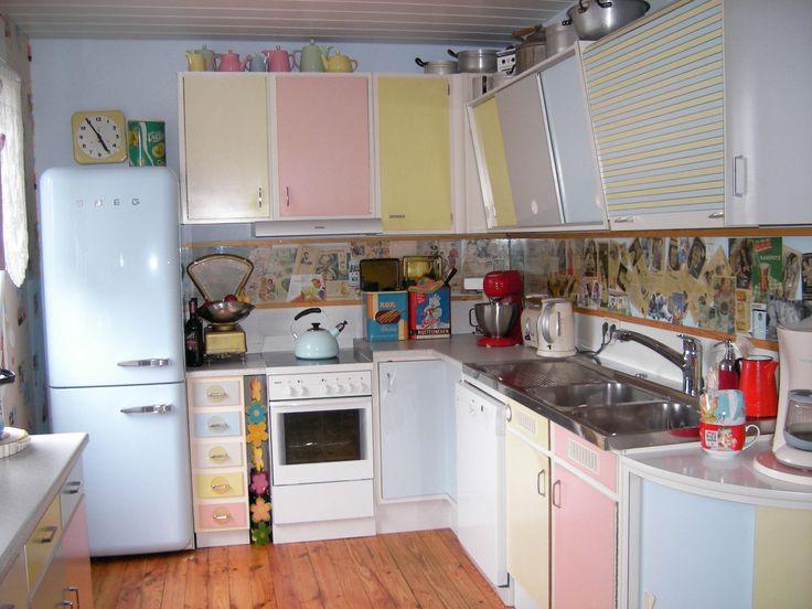 Küchenschränke Original 50er 60er Jahre Einbauschrank Besenschrank Küche  Pastell | EBay