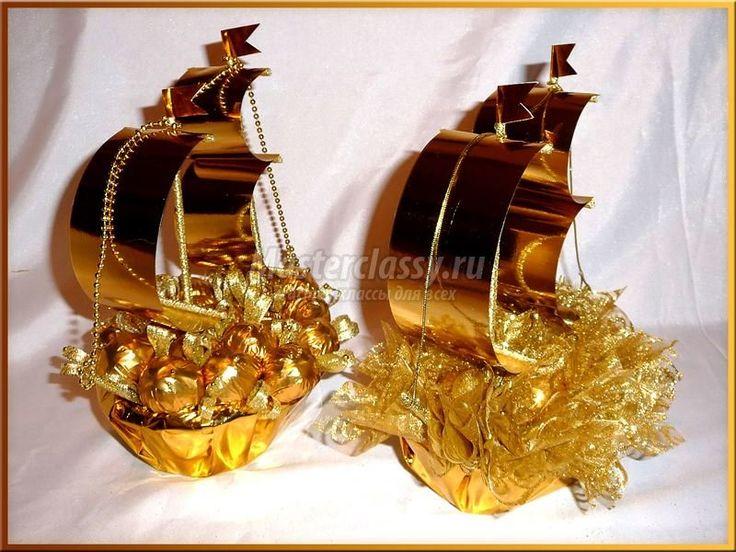 корабль из конфет МК фото
