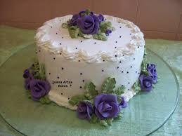 Resultado de imagem para bolo decorado com chantilly
