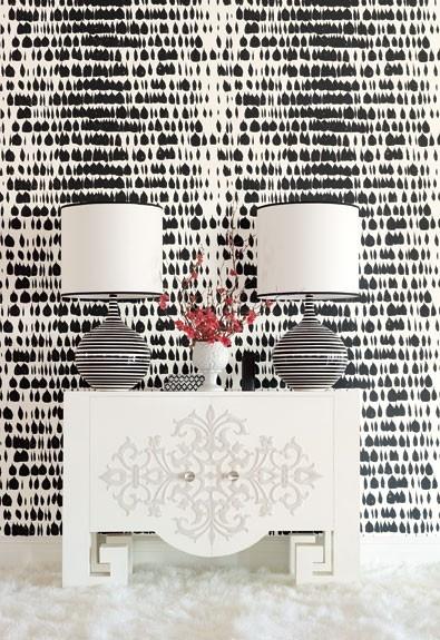 Schumacher Queen of Spain Wallpaper Black