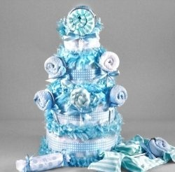 You're going to absolutely love these baby diaper cakes! They are the perfect gift for a new baby or baby shower.    You'll find diaper cakes, here,...