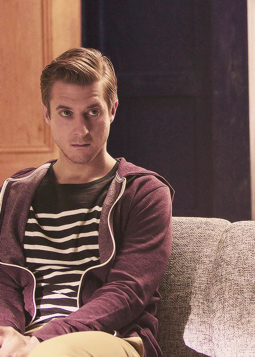 Rory Williams - this pic really makes me miss Arthur.