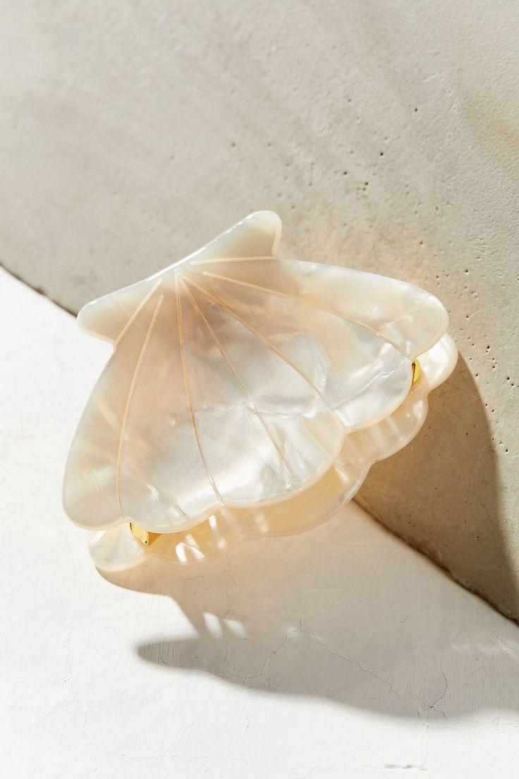 Slide View: 2: Sea Shell Claw Hair Clip
