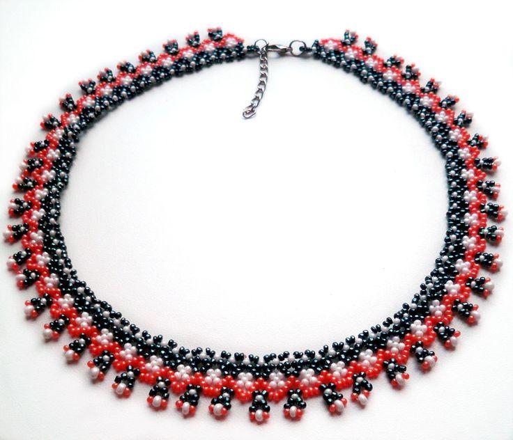 Free pattern for necklace Folk Festival