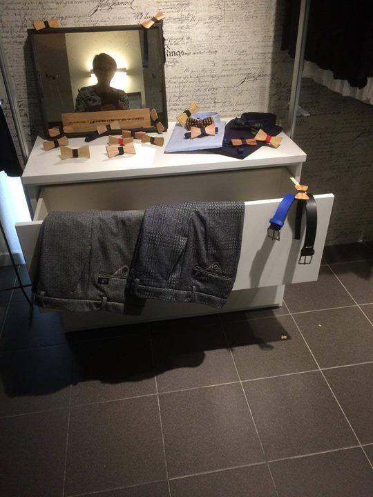 Cabina armadio artigianale vestita per l occasione da Bros 91 - http://ift.tt/1FeLg8p
