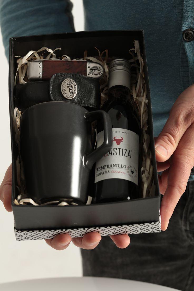 A co w prezencie dla Panów? Zestaw podarunkowy dla mężczyzn! Oto moja NOWA oferta - Gift Box w wydaniu męskim -Zapraszam do składania zamówień #giftbox #szczecin #kwiaciarniaszczecin #flowershop #gifts #prezenty #men