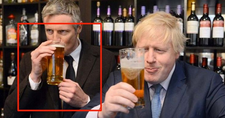"""Today mayoral candidate Zac Goldsmith did a photo-op and MANY took to Twitter to comment on the weird way he's holding a pint. """"What? Has Goldsmith never drunk a pint before? WHAT IS HE DOING?"""" asked Twitter user Joe Nickel. Whilst @Sedimentblog wondered if this was """"His 'bacon sandwich' moment?"""" So here's your three, BEST …"""