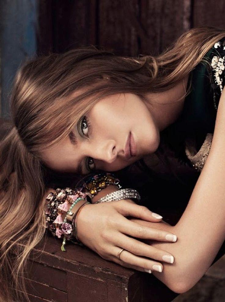 Amanda Norgaard by Jimmy Backius for Elle Sweden 2014 _stylist Josephine Aune