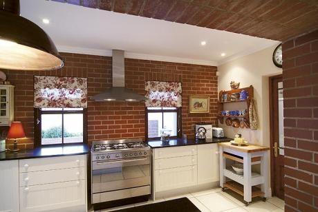 Roan Satin Face Brick extra by Corobrik | DesignMind