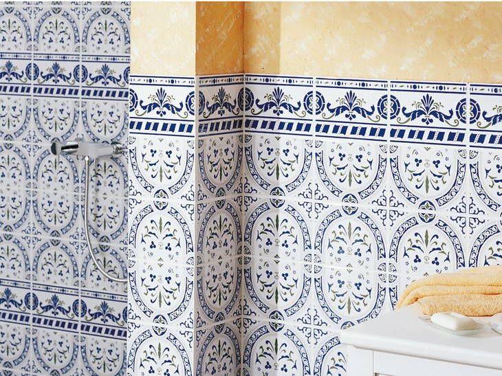 les 25 meilleures id es de la cat gorie salle de bain mediterraneenne sur pinterest mikve. Black Bedroom Furniture Sets. Home Design Ideas