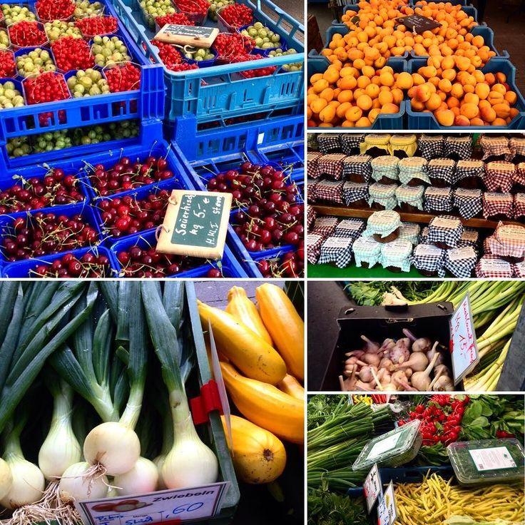 Jetzt erst mal den Wochenbedarf an Obst und Gemüse decken :-) es gibt endlich wieder Zwiebeln gelbe Bohnen und Knoblauch bunte Zucchini  Stachelbeeren und Himbeeren sowie Sauerkirschen :-) Ich mag den Sommer :-) #duesseldorf #bilk #urban