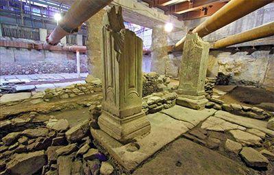 Καμπάνια για να συγκεντρώσει περισσότερες από 4000 υπογραφές ξεκίνησε πριν δυο μέρες το Αvaaz.org με στόχο να σωθεί η εντυπωσιακή ανακάλυψη της σκαπάνης του μετρό στο κέντρο της Θεσσαλονίκης    Read more: http://rizopoulospost.com/kampania-tou-avaaz-gia-ta-arxaia/#ixzz2LFnAb6xH   Follow us: @Rizopoulos Post on Twitter | RizopoulosPost on Facebook