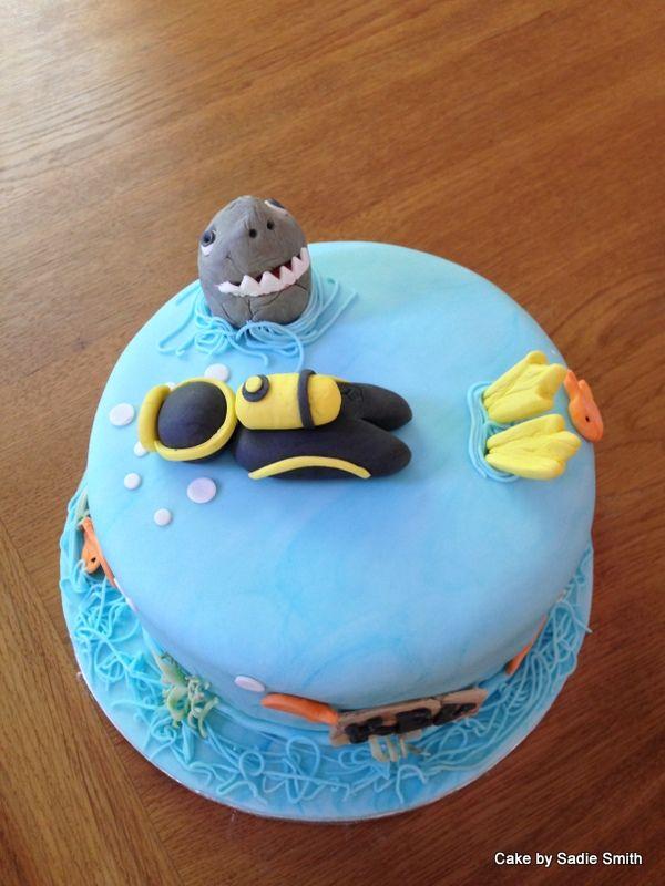 Scuba Divers Cake - http://www.cakebysadiesmith.co.uk/celebration-cakes/scuba-divers-cake/