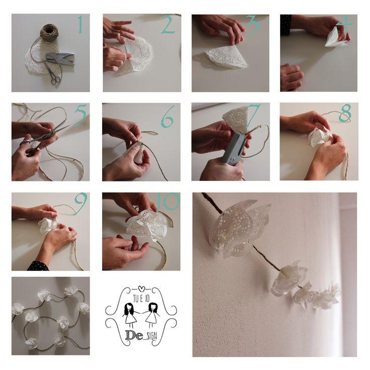 """""""Una catena di carta decorativa"""" """"Una guirnalda de papel"""""""