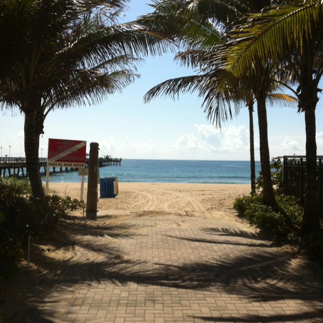 Lauderdale By the Sea, Florida