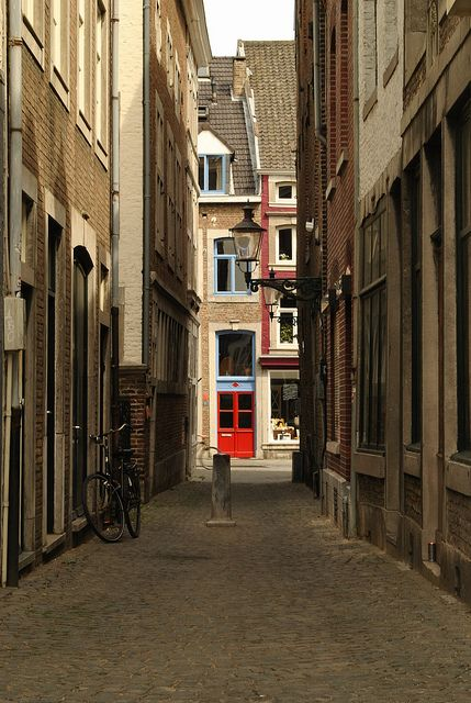 Maastricht, love to go there!