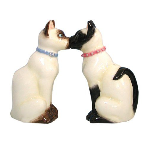 Westland Giftware Mwah Magnetic Siamese Cats Salt and Pepper Shaker Set, 3-1/2-Inch - http://spicegrinder.biz/westland-giftware-mwah-magnetic-siamese-cats-salt-and-pepper-shaker-set-3-12-inch/