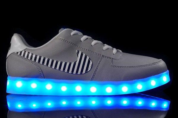 Mens Nike Light Up Shoes Grey 39-44 Japan