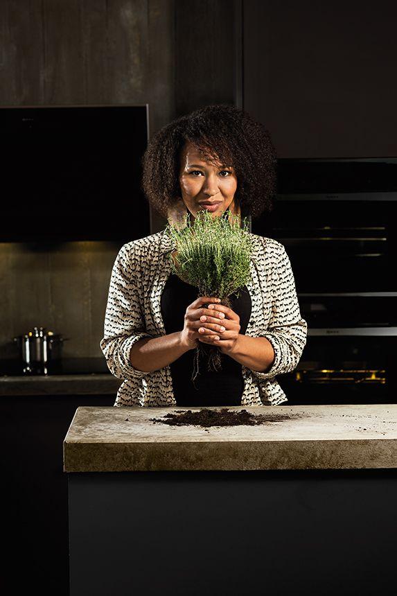 Conoce a una de las protagonistas de nuestros 6 cocineros con personalidad propia: Sophie, cuyas dos pasiones son cantar y cocinar.